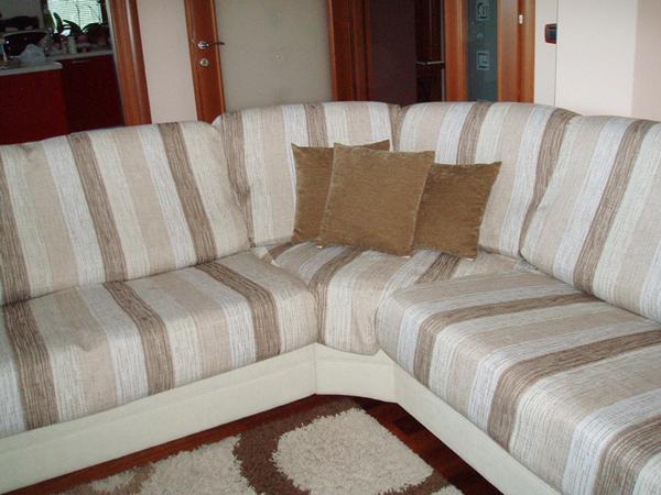 Izrada navlake za sjedecu garnituru te tapeciranje jastuka